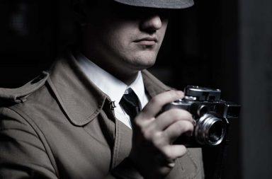 How to detect hidden spy cameras?
